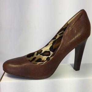 Jessica Simpson NWOT sz 10M Brown Leather Pumps